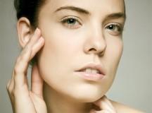 Come preparare un detergente naturale per pelli grasse