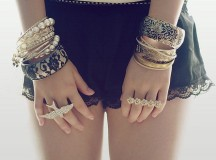 Bracciali e bijoux: quali indossare per essere trendy