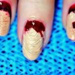 Manicure da Zombie fai-da-te per Halloween