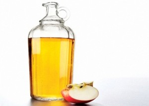 aceto mele apple vinegar capelli pelle rimedi naturali