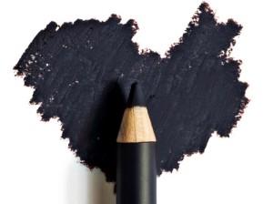 matita occhi nera eye pencil black trucco occhi makeup occhi matita che cola matita sbavature evitare durata matita occhi