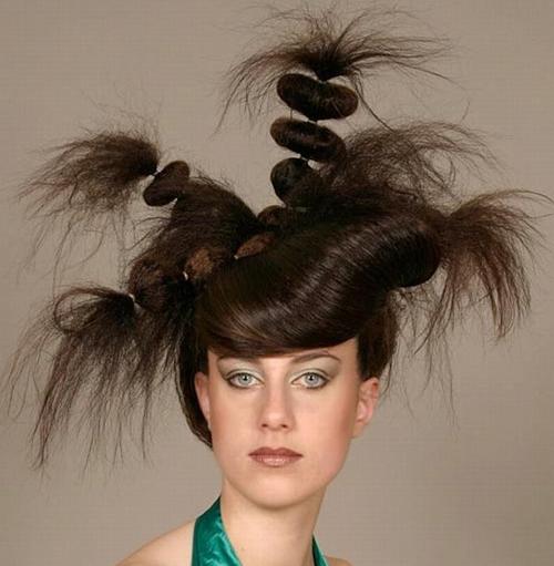 tagli di capelli assurdi pettinature pazze acconciature brutte