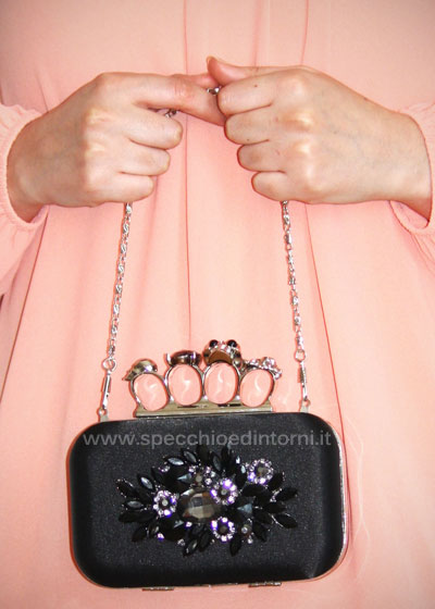 accessoriati e-shop negozio online clutch borsa fashion blog blogger collaborazione