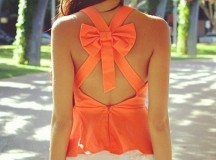 Come abbinare l'arancione: vestiti ed accessori per un orange look