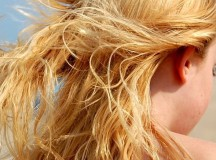 Impacchi e rimedi fai-da-te per la cura dei capelli in Estate