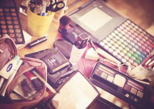 makeup per coprire macchie cutanee e voglie