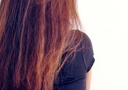 capelli crespi trattamenti liscianti stiraggio cheratina