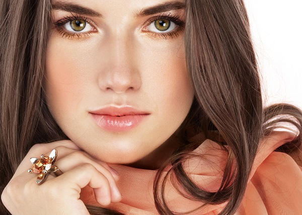6 rimedi naturali per capelli belli e sani