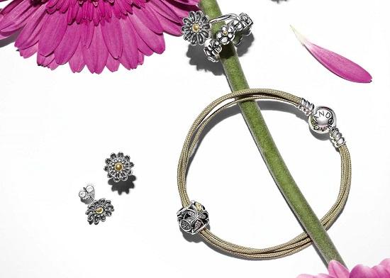 Collezione Primavera Pandora: bracciali e bijoux