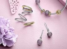 Lavanda, lilla e rosa per la Collezione Primavera di bracciali e bijoux firmati Pandora